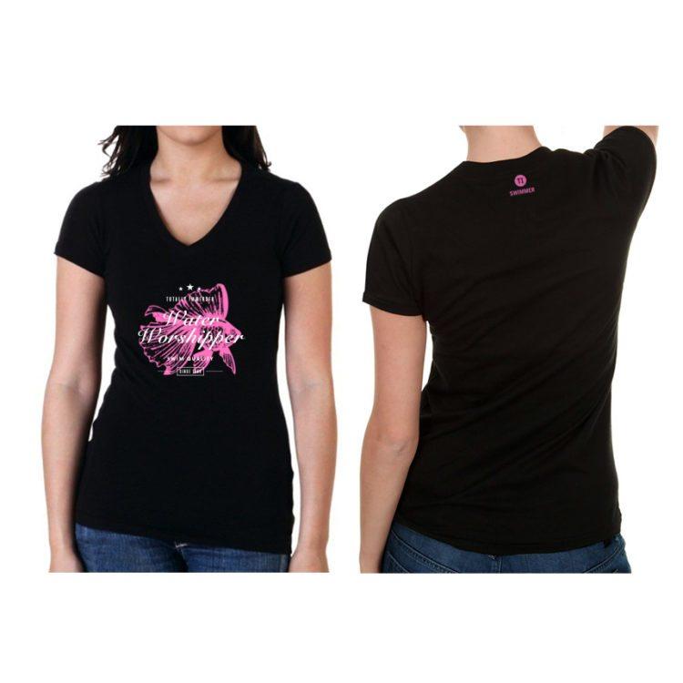 חולצת נשים שחורה עם ציור ורוד